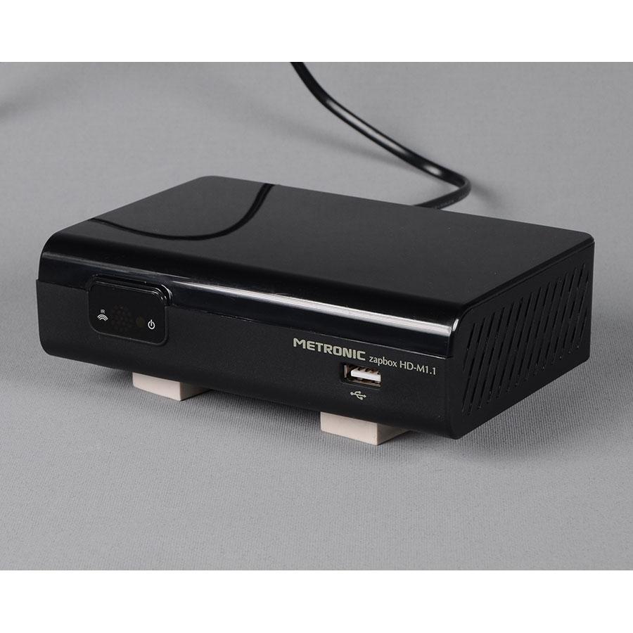 test metronic zapbox hd m1 1 adaptateurs tnt hd mpeg4 ufc que choisir. Black Bedroom Furniture Sets. Home Design Ideas