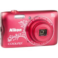 Nikon Coolpix A300 - Vue de 3/4 vers la droite
