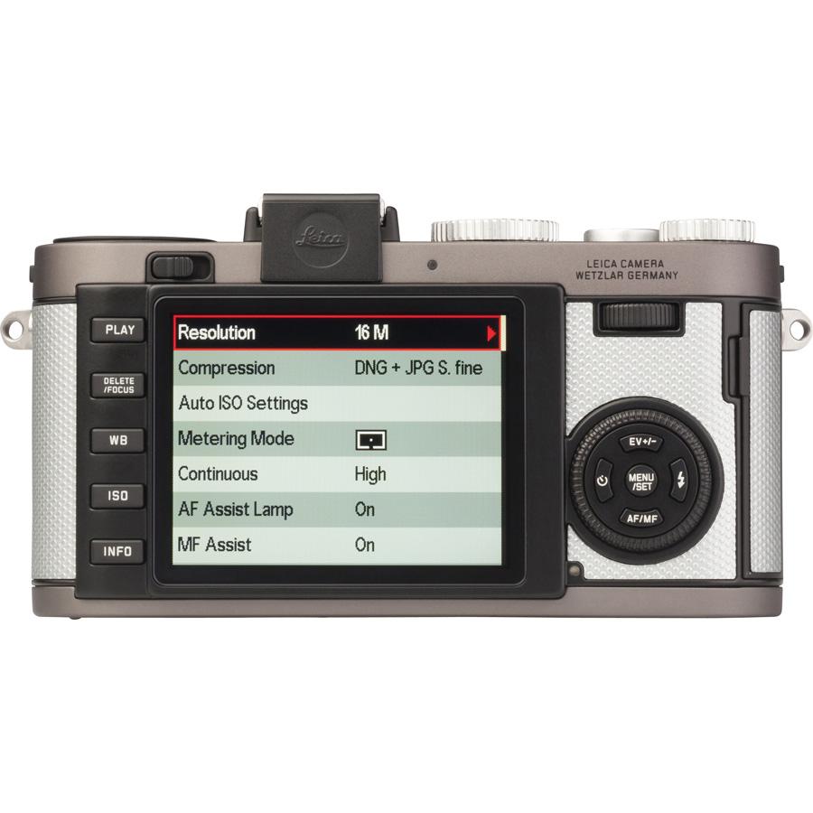Leica X-E (Type 102) - Vue de 3/4 vers la droite