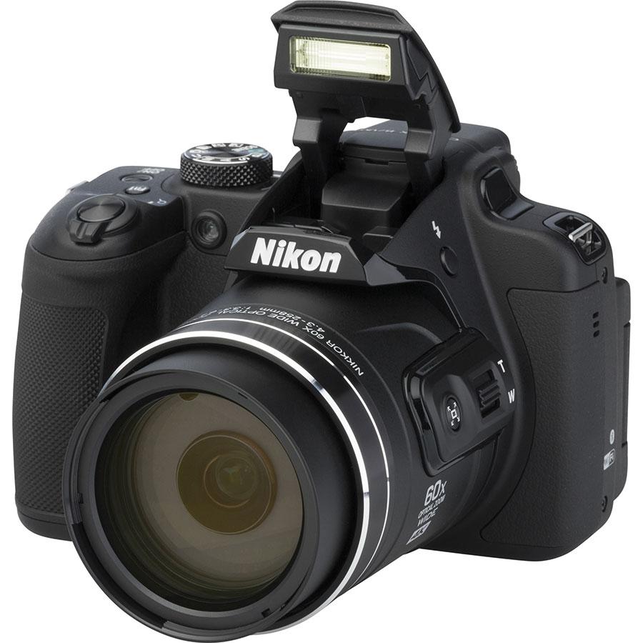 Nikon Coolpix B700 - Vue principale
