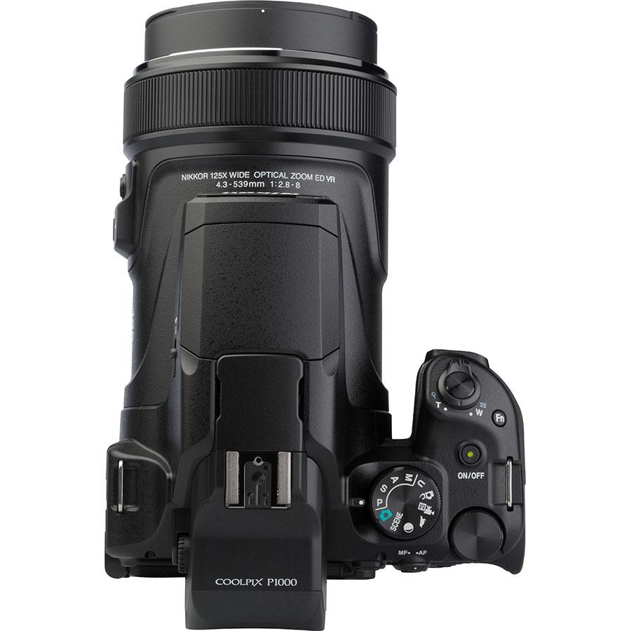 Nikon Coolpix P1000 - Vue du dessus