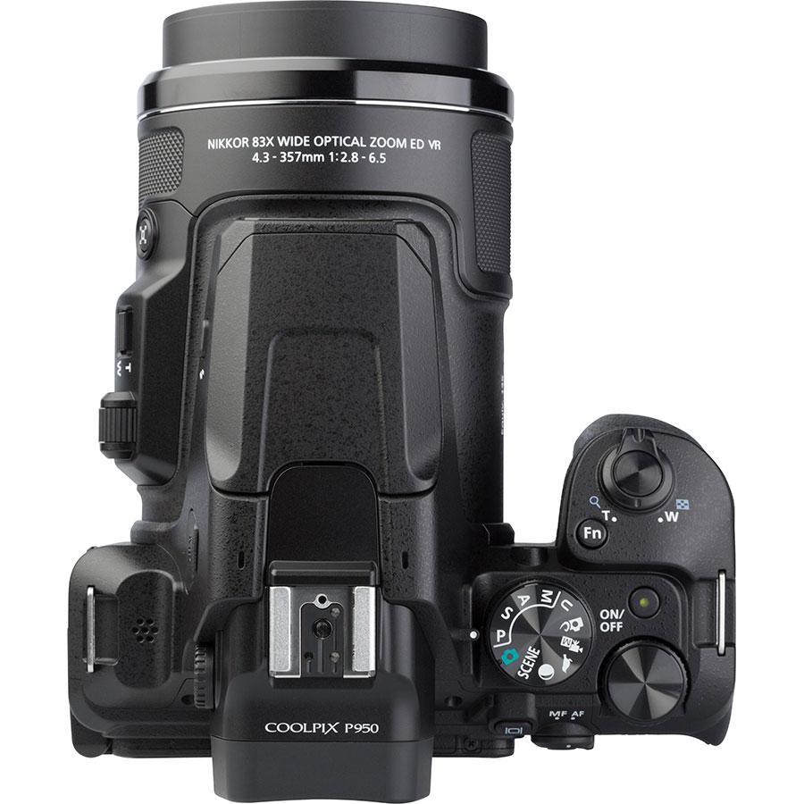 Nikon Coolpix P950 - Vue du dessus