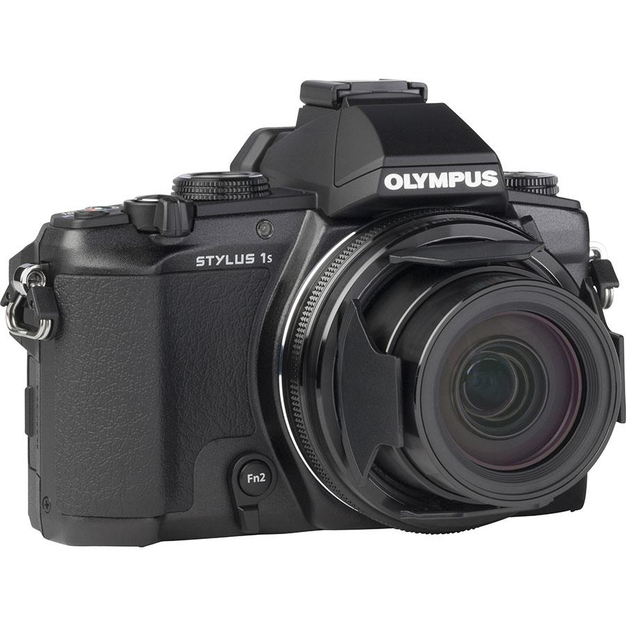 Olympus Stylus 1S - Vue de 3/4 vers la droite