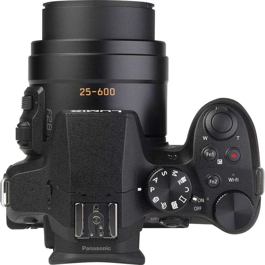 Panasonic DMC-FZ300 - Vue du dessus