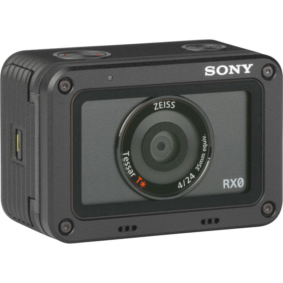 Sony Cyber-Shot RX0 - Vue de 3/4 vers la droite