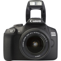 Canon EOS 2000D + EF-S 18-55 mm IS II - Vue de face
