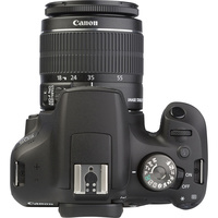 Canon EOS 2000D + EF-S 18-55 mm IS II - Vue du dessus