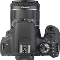 Canon EOS 800D + EF-S 18-55 mm F4-5,6 IS STM - Vue du dessus
