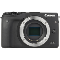 Canon EOS M3 + EF-M 18-55 mm IS STM - Vue de face sans objectif