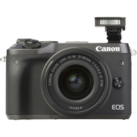 Canon EOS M6 + EF-M 15-45 mm IS STM - Vue de face