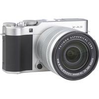 Fujifilm X-A3 + Fujinon Super EBC XC 16-50 mm OIS II - Vue de 3/4 vers la droite