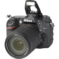 Nikon D7200 + AF-S DX Nikkor 18-140 mm G ED VR - Vue principale
