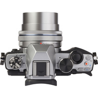 Olympus OM-D E-M10 + M. Zuiko Digital 14-42 mm EZ - Vue de l'objectif
