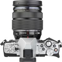 Olympus OM-D E-M5 Mark II + M. Zuiko Digital ED 12-40 mm PRO - Vue de dos