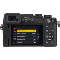 Panasonic Lumix DMC-GX8 + Lumix G X Vario 12-35 mm OIS - Vue de face sans objectif