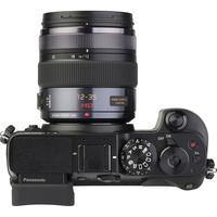 Panasonic Lumix DMC-GX8 + Lumix G X Vario 12-35 mm OIS - Vue de 3/4 vers la droite