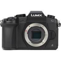 Panasonic Lumix DMC-G80 + Lumix G Vario 14-140 mm Power OIS - Vue de face sans objectif