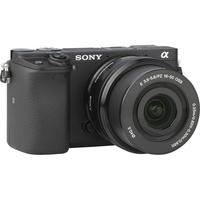 Sony ILCE-6300 + E 16-50 mm PZ OSS SELP1650 - Vue de face sans objectif