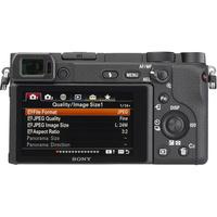 Sony ILCE-6400 + E 16-50 mm PZ OSS SELP1650  - Vue de dos