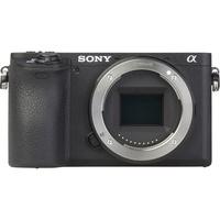 Sony ILCE-6500 + E 16-70 mm ZA OSS SEL1670Z - Vue de face sans objectif