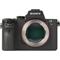 Sony ILCE-7M2 + 28-70 mm OSS SEL2870 - Vue du dessus
