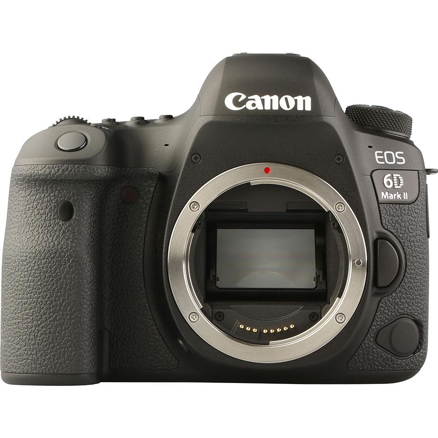 Canon EOS 6D Mark II + EF 24-105 mm IS STM - Vue de face sans objectif