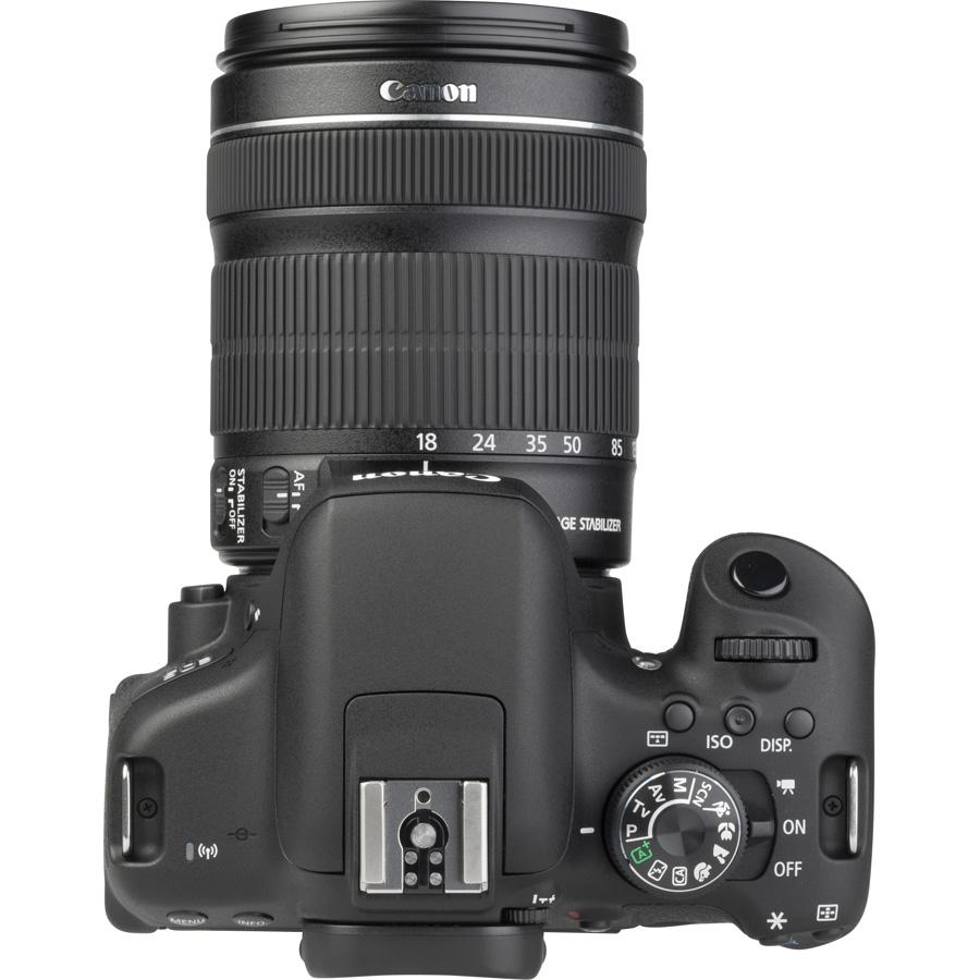 Canon EOS 750D + EF-S 18-135 mm IS STM - Vue du dessus