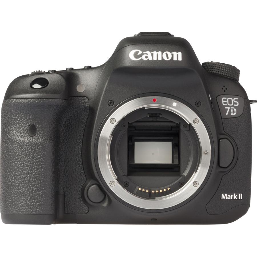 Canon EOS 7D Mark II + EF-S 15-85 mm IS USM - Vue de face sans objectif