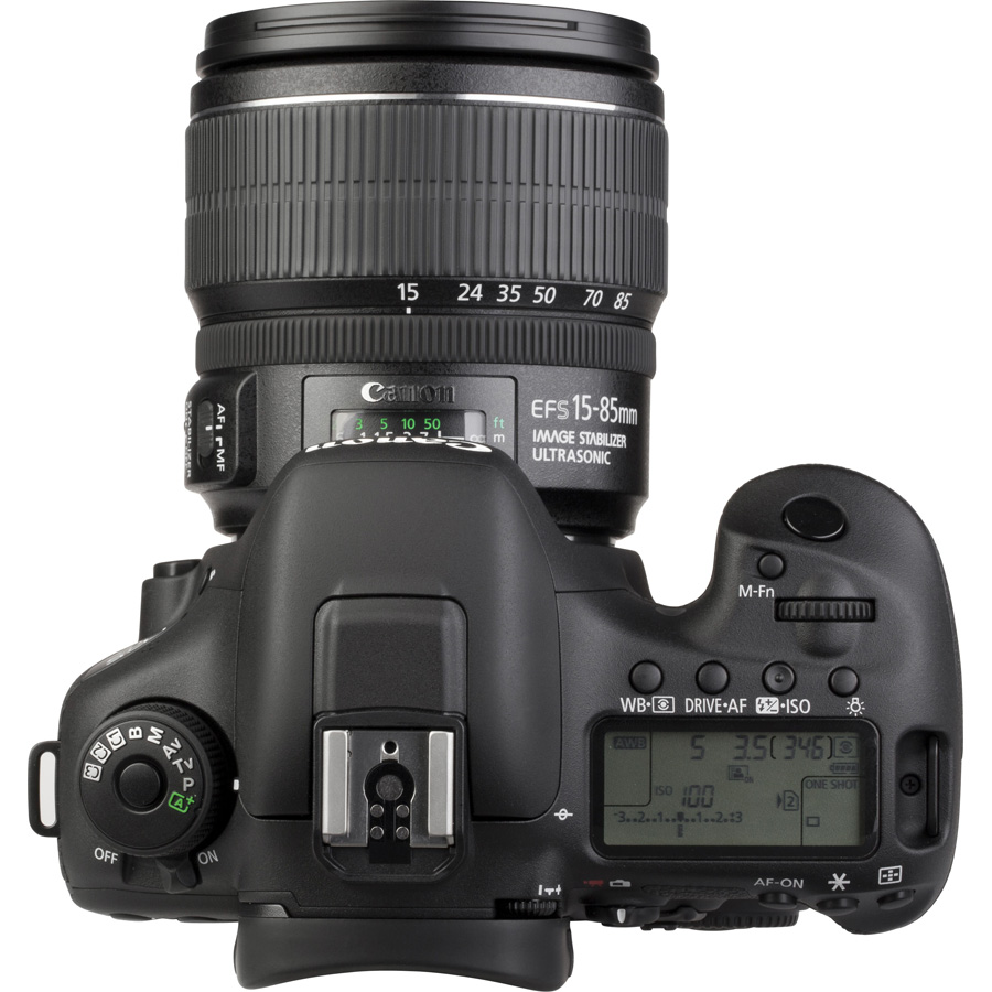 Canon EOS 7D Mark II + EF-S 15-85 mm IS USM - Vue du dessus