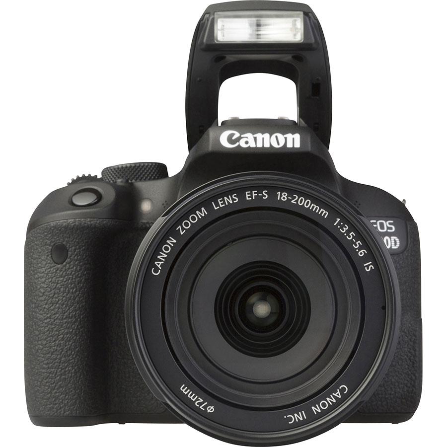 Canon EOS 800D + EF-S 18-200 mm IS - Vue de face