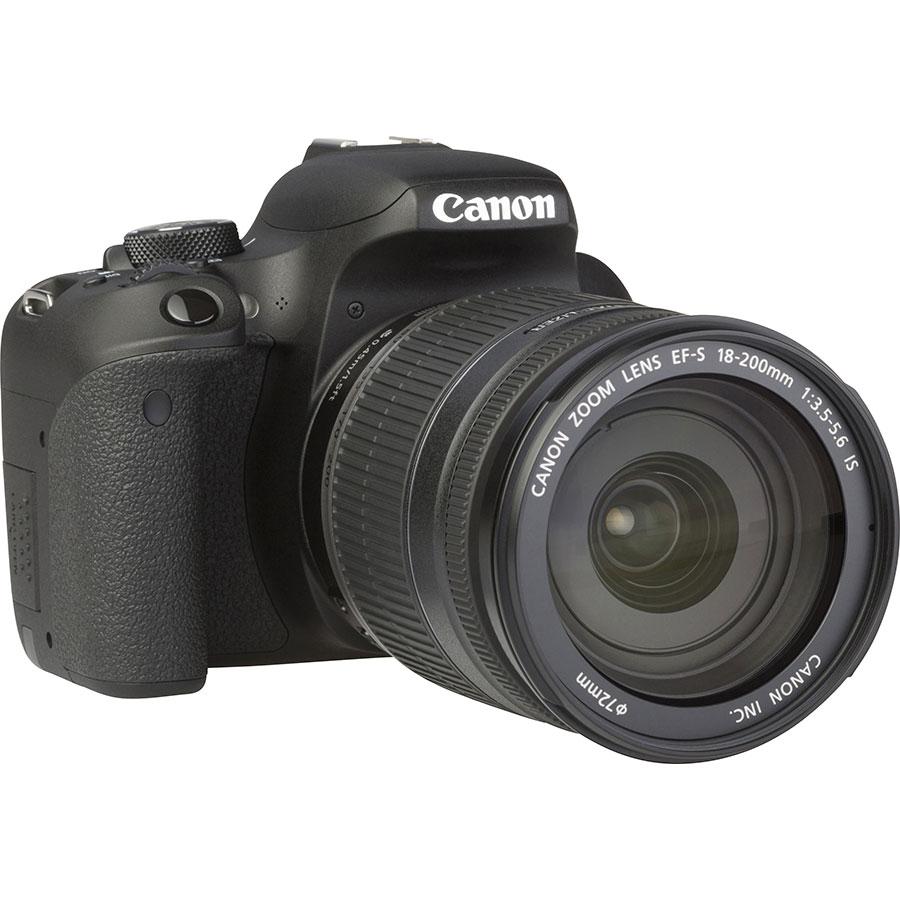 Canon EOS 800D + EF-S 18-200 mm IS - Vue de 3/4 vers la droite