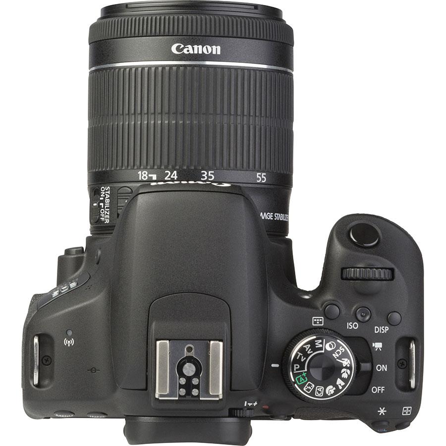 Canon EOS 800D + EF-S 18-55 mm IS STM - Vue du dessus
