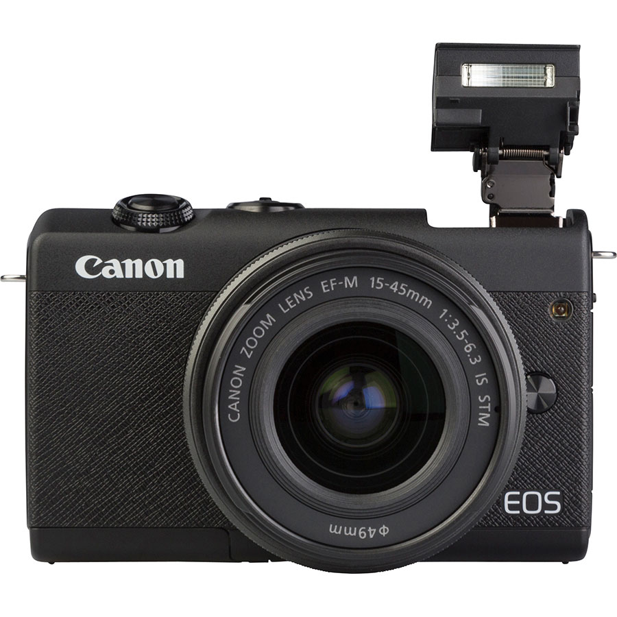 Canon EOS M200 + EF-M 15-45 mm IS STM - Vue de face avec le flash