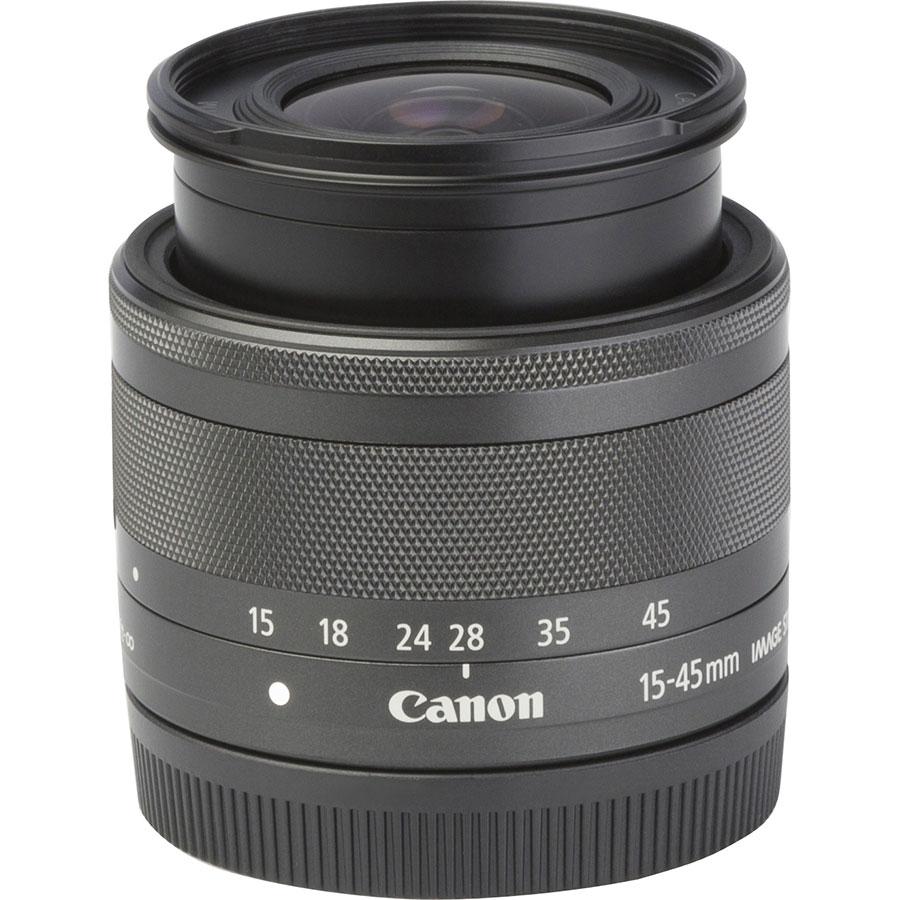 Canon EOS M6 + EF-M 15-45 mm IS STM - Vue de l'objectif