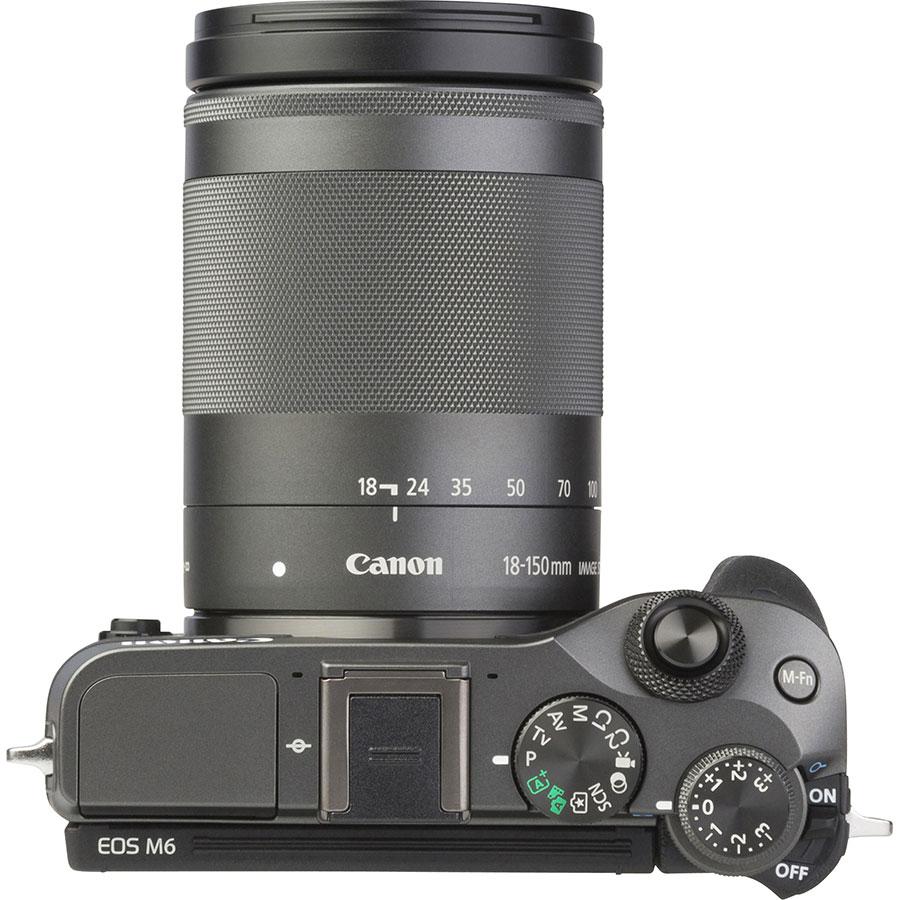 Canon EOS M6 + EF-M 18-150 mm IS STM - Vue du dessus