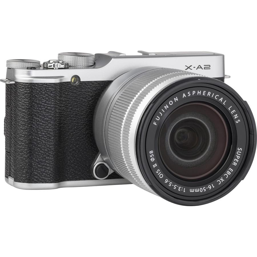 Fujifilm X-A2 + Fujinon Super EBC XC 16-50 mm OIS II - Vue de l'objectif