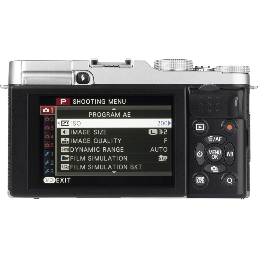 Fujifilm X-A2 + Fujinon Super EBC XC 16-50 mm OIS II - Vue de 3/4 vers la droite