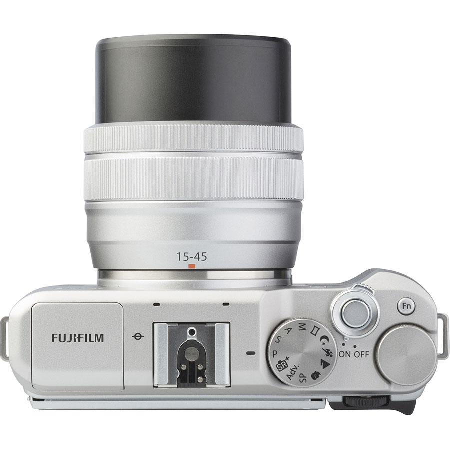 Fujifilm X-A5 + Fujinon Super EBC XC 15-45 mm OIS PZ - Vue du dessus