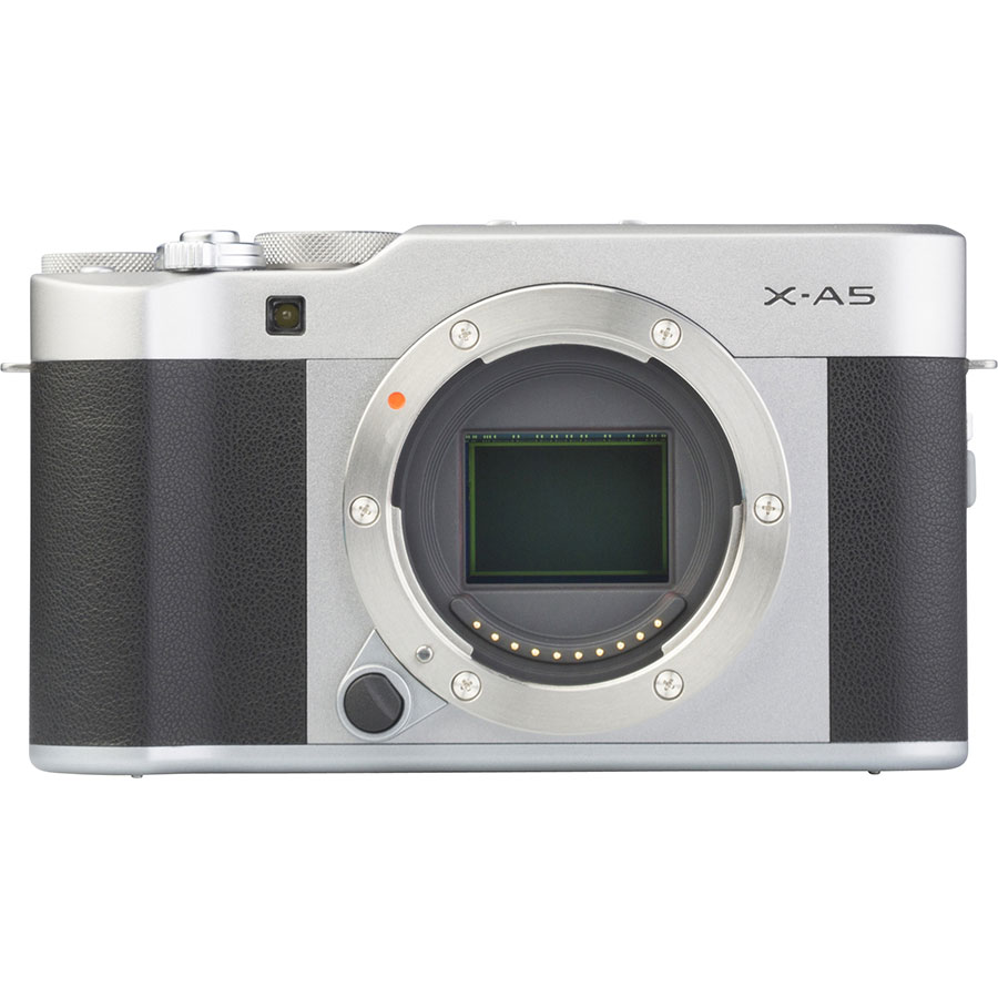 Fujifilm X-A5 + Fujinon Super EBC XC 15-45 mm OIS PZ - Vue de face sans objectif