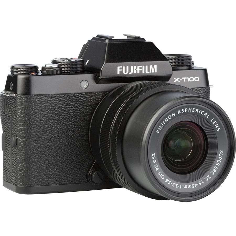 Fujifilm X-T100 + Fujinon Super EBC XC 15-45 mm OIS PZ - Vue de 3/4 vers la droite
