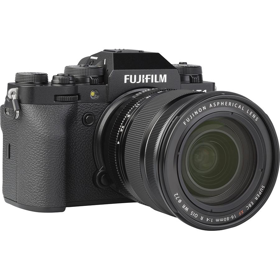 Fujifilm X-T4 + Fujinon Super EBC XF 16-80 mm R OIS WR - Vue de 3/4 vers la droite