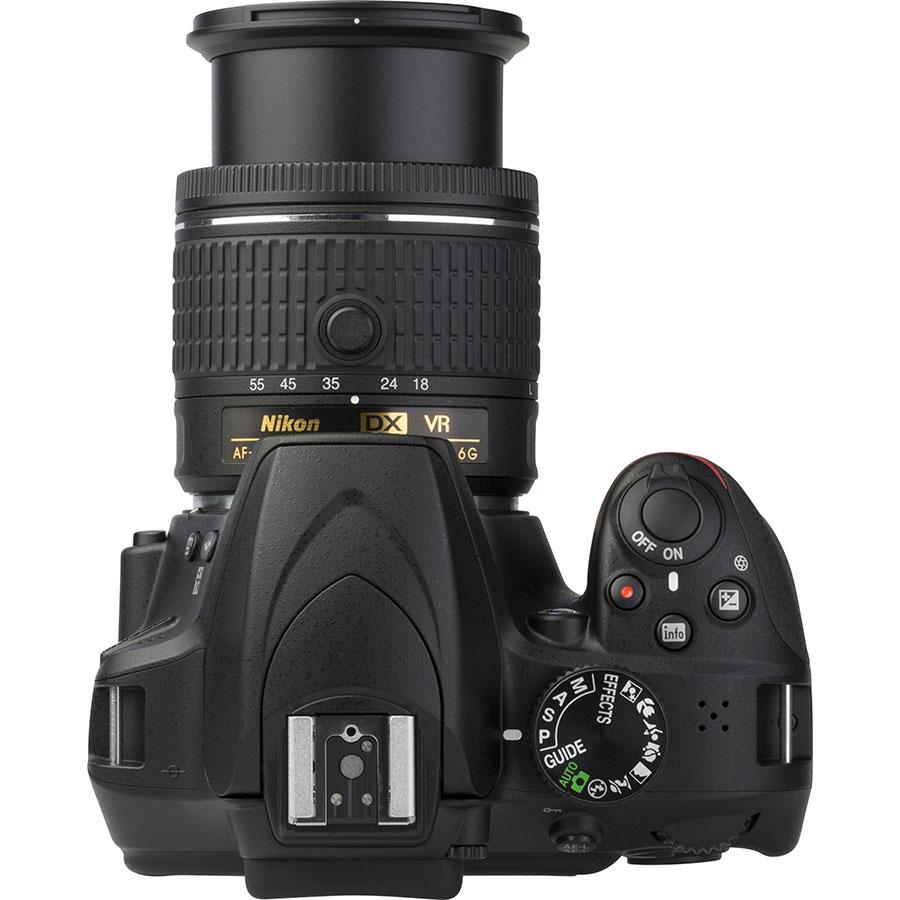 Nikon D3400 + AF-P DX Nikkor 18-55 mm G VR - Vue du dessus