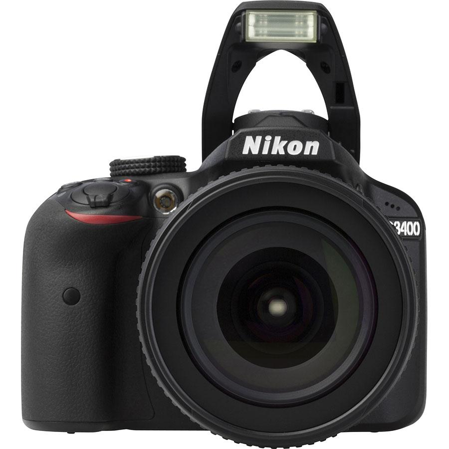 Nikon D3400 + AF-S DX Nikkor 18-105 mm G ED VR - Vue de face