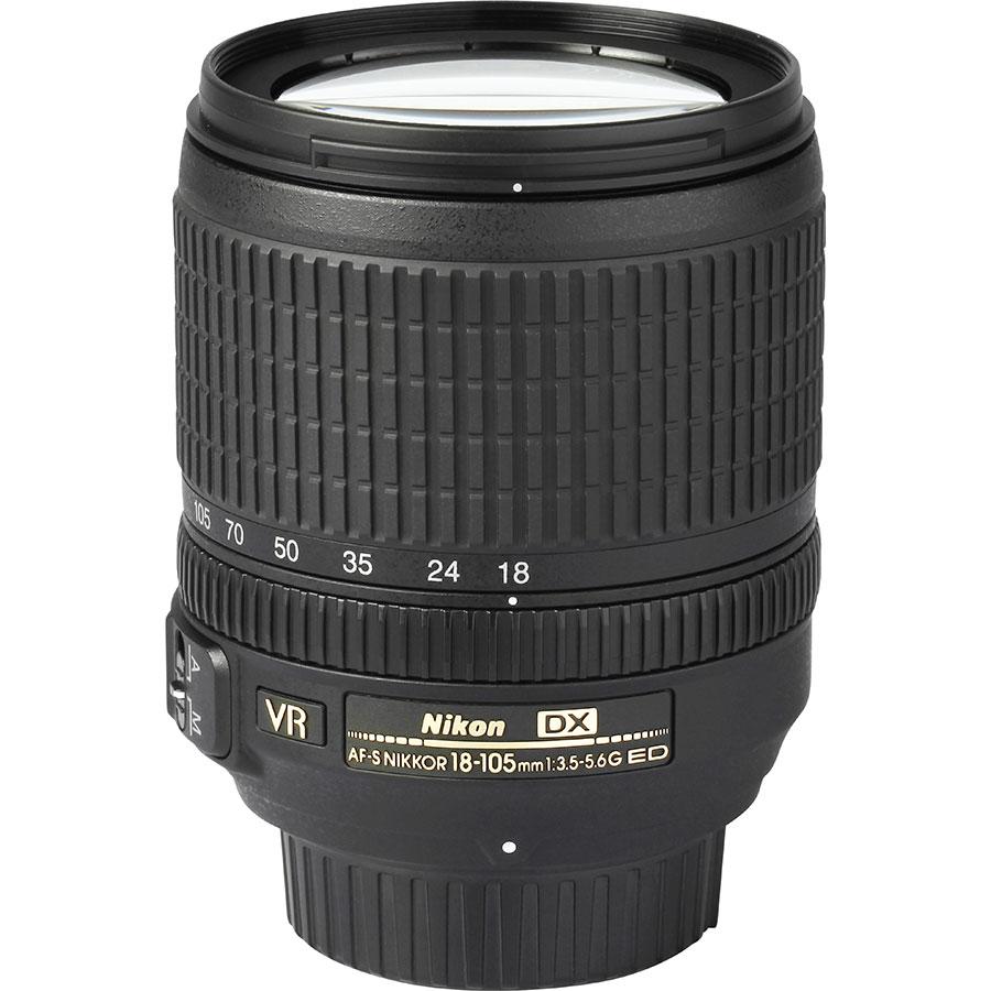 Nikon D3400 + AF-S DX Nikkor 18-105 mm G ED VR - Vue de l'objectif