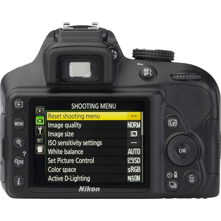 Nikon D3400 + AF-S DX Nikkor 18-105 mm G ED VR - Vue de dos