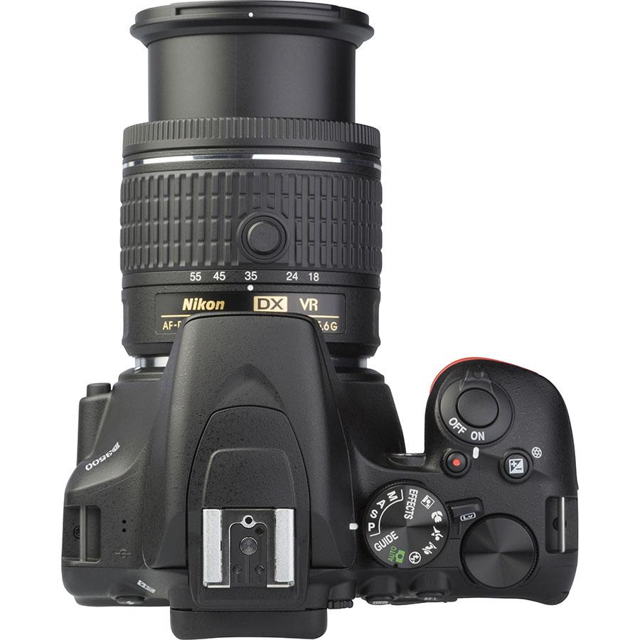 Nikon D3500 + AF-P DX Nikkor 18-55 mm G VR - Vue du dessus