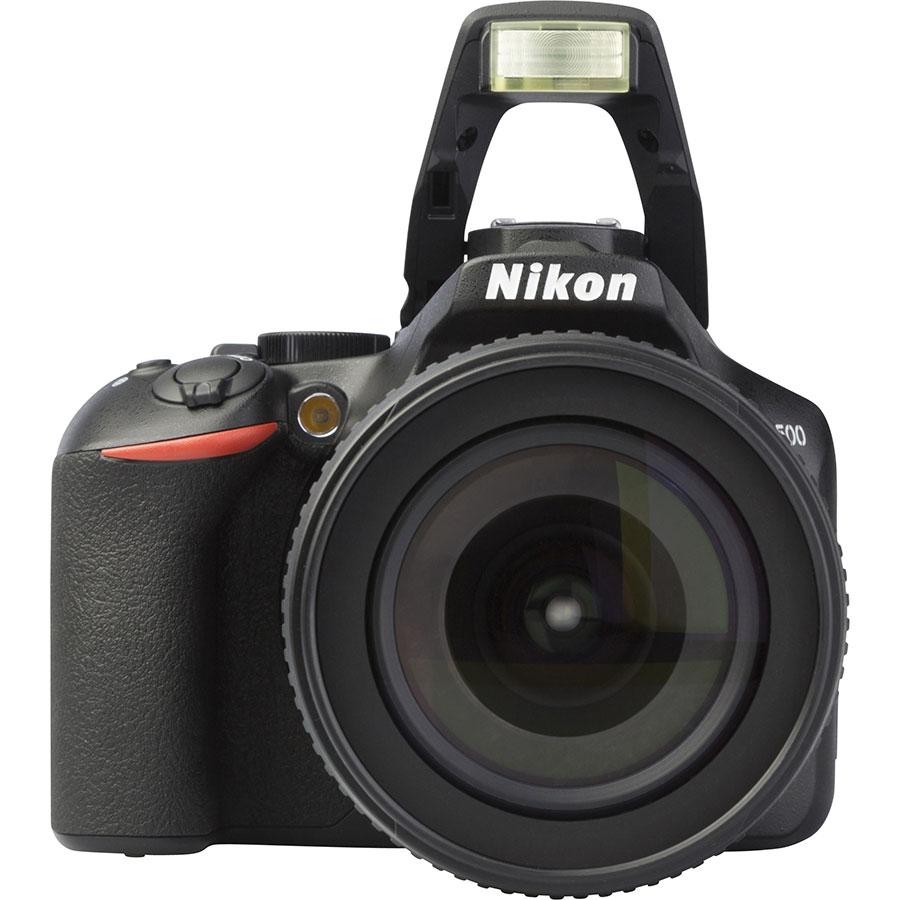 Nikon D3500 + AF-S DX Nikkor 18-105 mm G ED VR - Vue de face