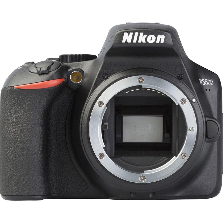 Nikon D3500 + AF-S DX Nikkor 18-105 mm G ED VR - Vue de face sans objectif