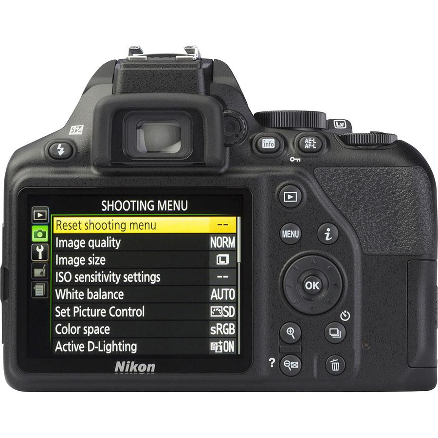Nikon D3500 + AF-S DX Nikkor 18-105 mm G ED VR - Vue de dos