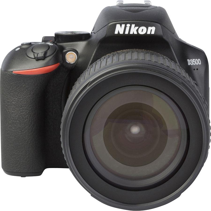 Nikon D3500 + AF-S DX Nikkor 18-105 mm G ED VR - Autre vue de face